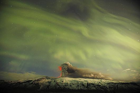 Lucas-Jackson-Reuters-vulkan-sarki-feny