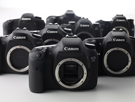 Canon_EOS_7D_camera-body-family
