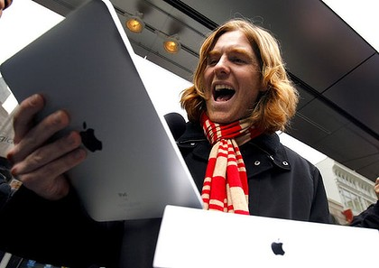 ipad-launch-photo-Robert-Galbraith-Reuters