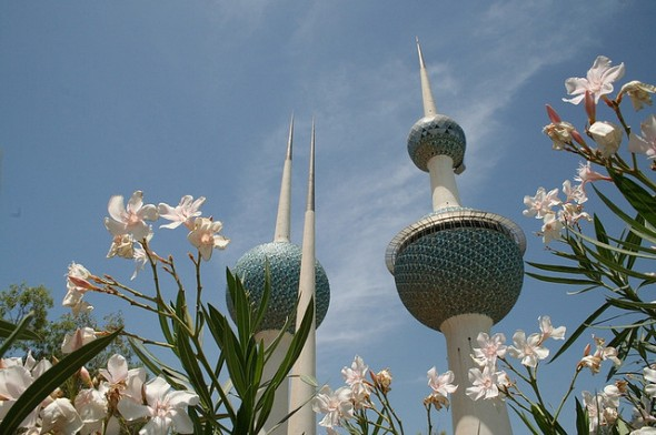 Kuwait-towers-flowers-Snap-flickr