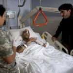Emilio Morenati meglátogatta a gyógyuló Joao Silvát