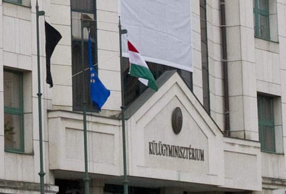 Magyarország kiáll Grúzia mellett