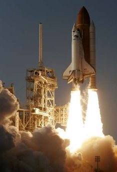 SpaceShuttleDiscovery-lastLaunch-photoPierreDucharmeReuters