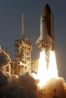 SpaceShuttleDiscovery-lastLaunch-photoPierreDucharmeReuters
