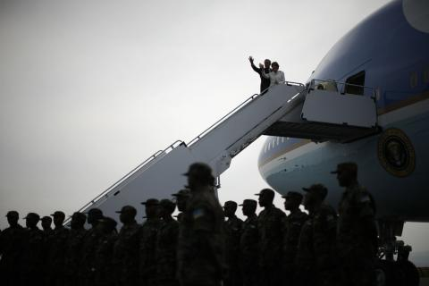 AirForceOne-clear-GeorgeWBush-Africa-photoJasonReedReuters