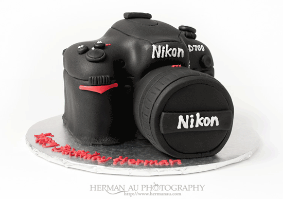 Happy-Birthday-nikon-D700