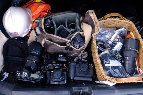 PhotoEquipmentInCarTrunk-photoTomGralishInquirer