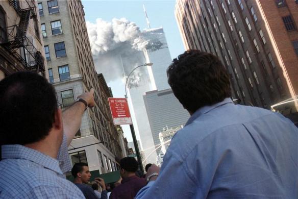 WTC-pedestrians-photoStringerReuters