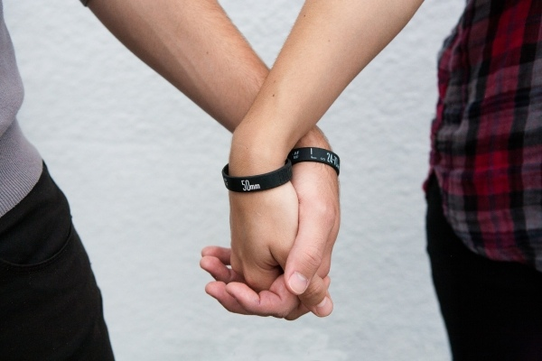 lens-bracelets-0247_600.0000001297539248