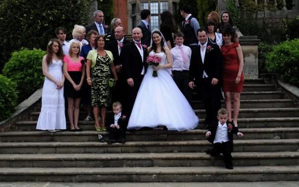 Csődbe ment a kontár esküvői fotós - tönkretették a kártérítések egy rosszul végzett munka miattRészletesebb sztoriért katt a képre!Fotó: Westgate Photography / SWNS