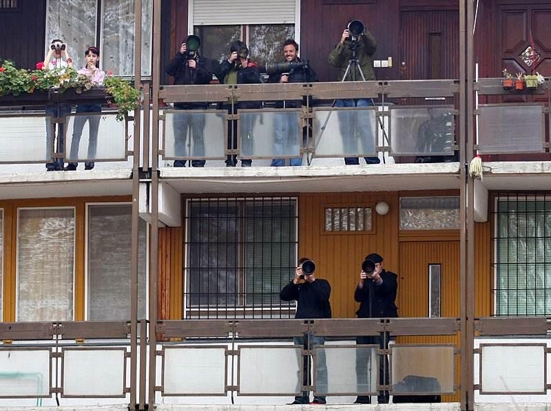 Paparazzis following Brad Pitt and Angelina Jolie shooting movie in Esztergom, Hungary - Photo by Andrea Kovesdi
