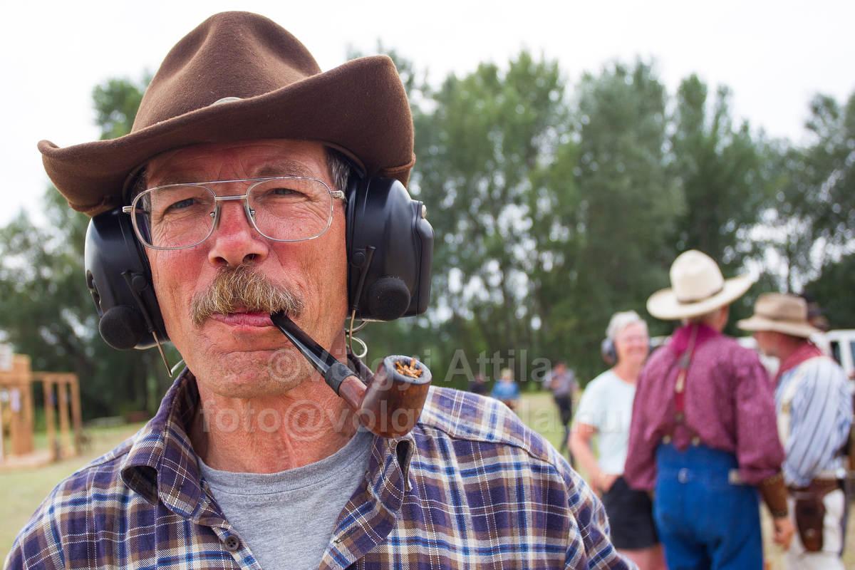 http://photos.volgyiattila.hu/gallery/Action-Cowboy-Action-Shooting-European-Championships-Dabas-2012/G0000mZSAGk.K5Co/C0000QBhPdaW3XF8