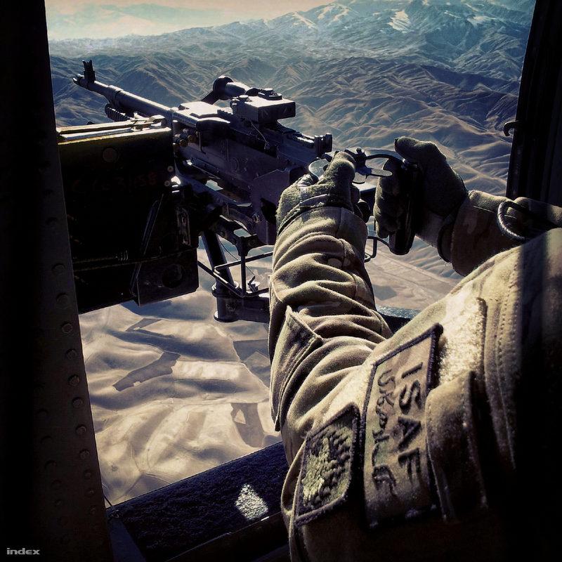 Afganisztan-Instagram-Nagykep-lefigoto-geppuska-photoFiantokDanielIndex