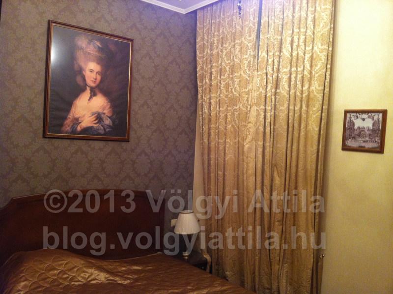 SzallodaiSzoba-Szeged-130510214747iVA-PhotosVolgyiAttilaHu