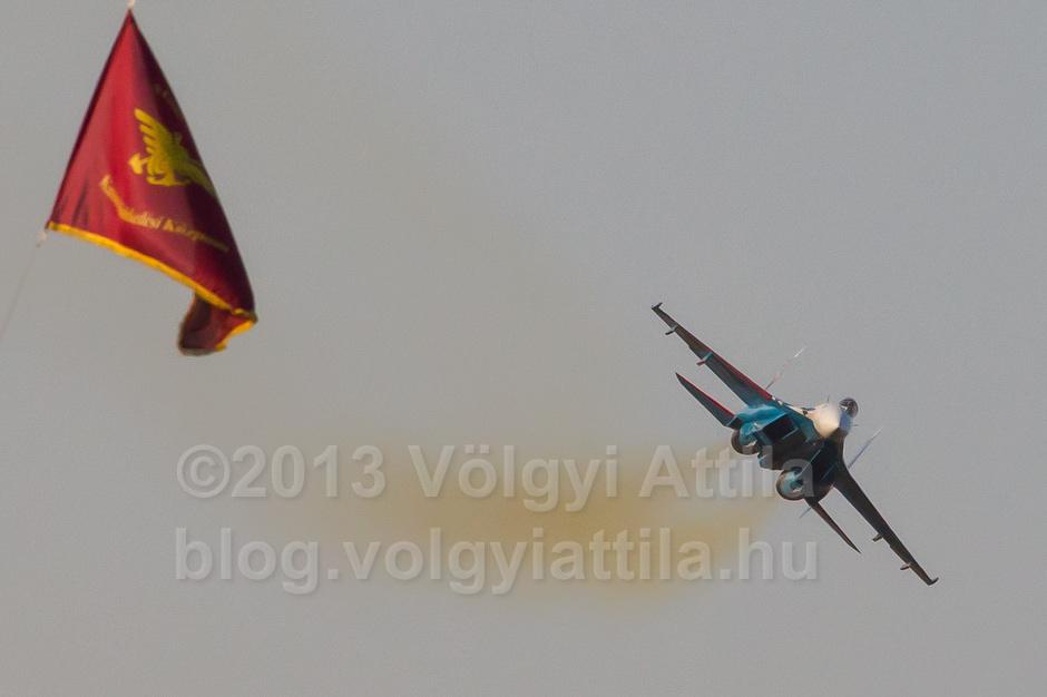 https://attilavolgyi.photoshelter.com/gallery/International-Air-Show-Kecskemet-2013/G0000EQiig38_8NE/C0000ElgmO1zejLU