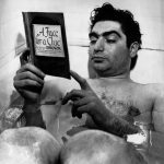 Robert Capa bensőséges kapcsolata a fürdőkáddal