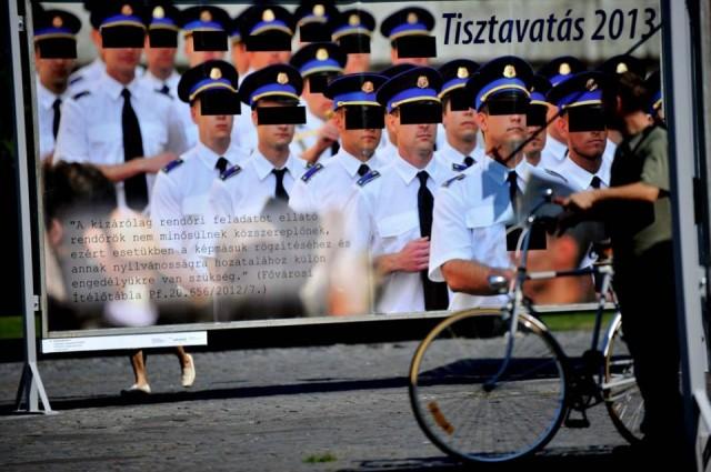 Plakát: Kecskeméti DávidFotó: Schmitt M. János/Népszabadság