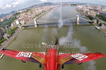 http://photos.volgyiattila.hu/gallery/May-1-Air-Show-in-Budapest-2014/G0000iyzf1CY8r6s/C0000ElgmO1zejLU