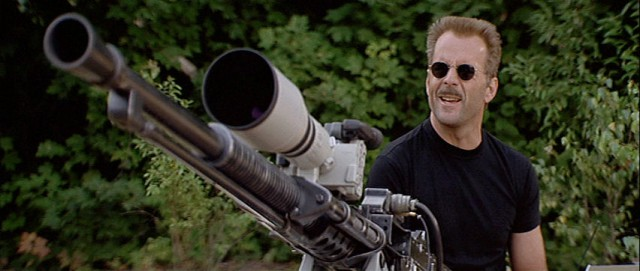 Bruce Willis a Sakál, nem mindenapi ágyújával