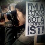 A tüntető fotósok sem terroristák