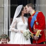 A hét képe: Vilmos herceg és Kate csókja