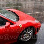 El akart ütni egy Ferrari…