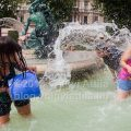 http://attilavolgyi.photoshelter.com/gallery/Water-Fight-Day-Budapest-2013/G0000qE0FHxN37qM/C0000mwPCnEVAMSM